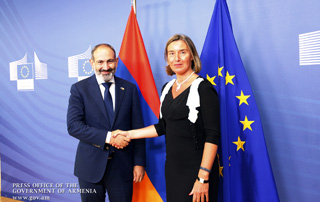 Nikol Pashinyan, Federica Mogherini meet in Brussels
