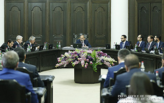 """""""I consider it a provocation against Armenian-Russian relations"""" - PM refers to incident in Panik community"""
