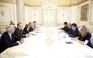 Премьер-министр принял специального представителя действующего председателя ОБСЕ
