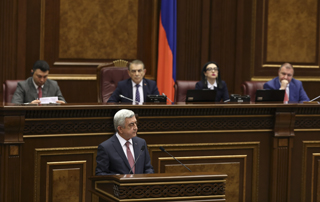 Վարչապետի թեկնածու Սերժ Սարգսյանի պատասխանները պատգամավորների հարցերին ԱԺ հատուկ նիստում