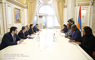 Prime Minister receives Foreign Ministers of Rwanda and Gabon