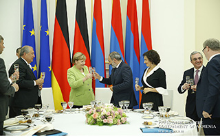 Official dinner given in honor of German Chancellor Angela Merkel on behalf of RA Prime Minister Nikol Pashinyan