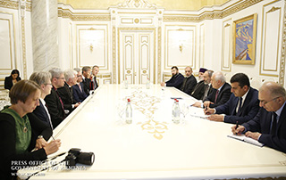 PM receives delegation of Council of German Protestant Churches