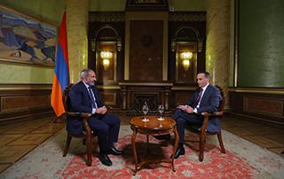 """Interview du Premier ministre de la République d'Arménie Nikol Pashinyan  à """"Zinouj"""""""