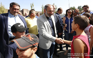 PM visits enterprises in Armavir and Aragatsotn marzes of Armenia