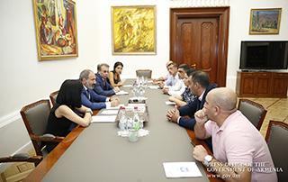 Le Premier ministre a reçu des représentants du groupe d'initiative démobilisés après de nombreuses années de service