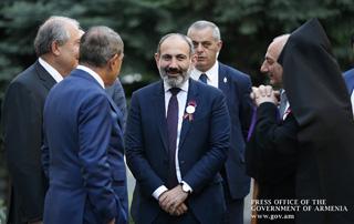 """Nikol Pashinyan: """"Je suis convaincu que les personnalités politiques ont la volonté de mettre notre pays sur les rails d'un développement irréversible"""""""