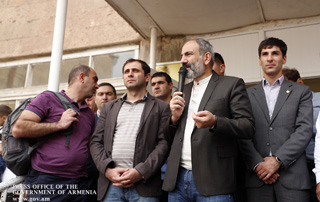 """Each one of us must make a move just as we did in the days of the Revolution"" – PM addresses Yeraskh residents"