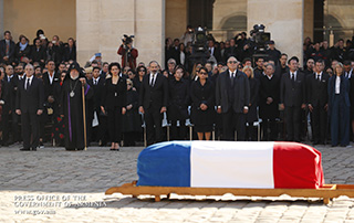 Nikol Pashinyan, Emmanuel Macron attend national homage ceremony, deliver speeches honoring Charles Aznavour in Paris