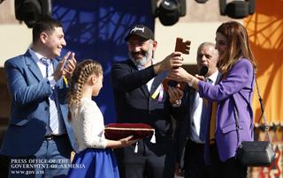 RA Prime Minister Nikol Pashinyan's visit to Echmiadzin