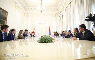 В Ереване продолжились переговоры премьер-министров Армении и Канады на высоком уровне