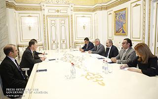 Премьер-министр принял заместителя помощника госсекретаря США по вопросам Европы и Евразии