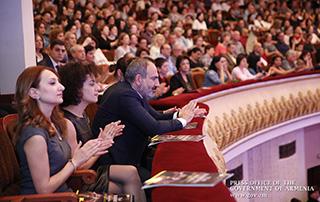 Премьер-министр Никол Пашинян и госпожа Анна Акопян присутствовали на концерте Юрия Башмета