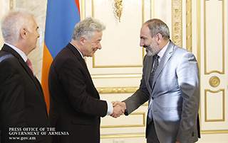 Nicol Pashinyan receives EEAS Managing Director for Europe and Central Asia