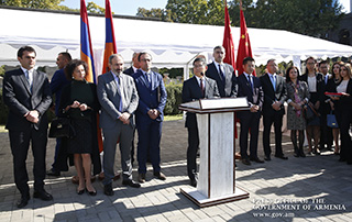 Автопарк скорой помощи Армении переоснащен 200 новыми машинами
