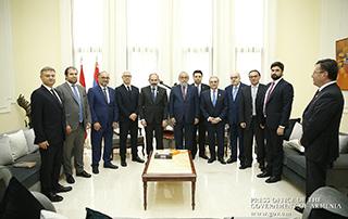 Nikol Pashinyan a rencontré des représentants des partis arméniens traditionnels du Liban