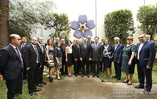 Nikol Pashinyan a visité l'Université Haigazian du Liban et la Congrégation Patriarcale de Bzommar