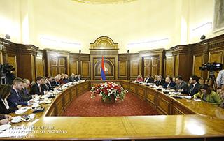 Նիկոլ Փաշինյանն ընդունել է ԵՄ անդամ պետությունների դեսպաններին