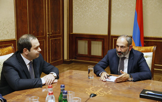 Georgy Kutoyan reports to Prime Minister Pashinyan on security situation in Armenia