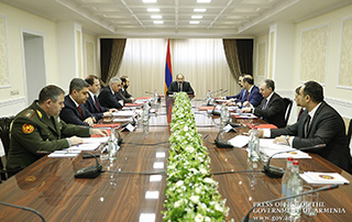 Nikol Pashinyan chairs regular Security Council meeting