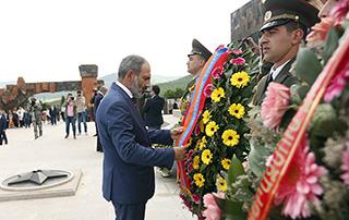 Премьер-министр в Арцахе принял участие в мероприятиях, посвящённых тройному празднику