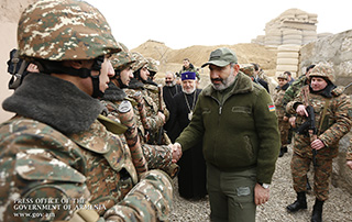 The Government has the task of preserving as much as possible the achievements of our servicemen and the Armed Forces - Nikol Pashinyan visits military stronghold and congratulates servicemen on New Year