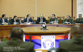 """""""Normal development of the armed forces is our absolute priority"""" - PM holds consultation with Defense Ministry leadership and Supreme Commissioned Staff of RA Armed Forces"""