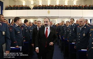 Граждане Армении должны быть уверены в том, что единственной целью полицейской службы является обеспечение их прав, безопасности и свобод: премьер-министр принял участие в расширенном заседании Коллегии полиции