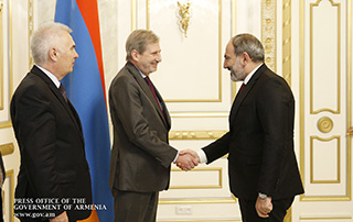 PM receives European Commissioner for Neighborhood Policy and Enlargement