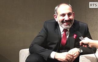Entretien du Premier ministre Nikol Pashinyan avec RTS