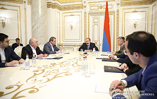 Nikol Pashinyan: «J'espère que   le Comité des recettes de l'État  sera présenté au public avec une image complètement nouvelle et  que ce ne sera pas simplement un outil pour le PR»