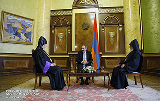 PM Nikol Pashinyan welcomes Catholicos of All Armenians Garegin II and Catholicos of the Great House of Cilicia Aram I
