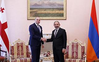 Նիկոլ Փաշինյանը հեռախոսազրույց է ունեցել Վրաստանի վարչապետ Մամուկա Բախտաձեի հետ
