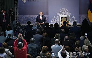 Այլևս չունենք Հայաստանի օրակարգ և Սփյուռքի օրակարգ, ունենք համազգային օրակարգ, որի նպատակը համազգային նպատակների իրագործումն է. Նիկոլ Փաշինյանը հանդիպել է Իրանի հայ համայնքի ներկայացուցիչներին