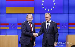 Հայաստանն ունի քաղաքական կամք խորացնելու Եվրամիության հետ փոխգործակցությունը. Բրյուսելում կայացած հանդիպումից հետո Նիկոլ Փաշինյանը և Դոնալդ Տուսկը հանդես են եկել ԶԼՄ-ների համար հայտարարությամբ