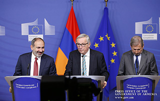 Nikol Pashinyan and Jean-Claude Juncker made statements; Armenian Prime Minister and Johannes Hahn answered journalists' questions