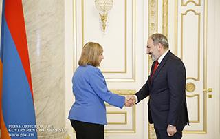Nikol Pashinyan a reçu l'Ambassadrice des Etats-Unis en Arménie Lynne Tracy
