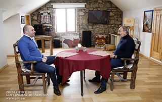 Le 24 mars, le Premier ministre Nikol Pashinyan a rendu visite à la commune Enokavan de la région de Tavouch