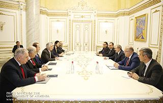 Սփյուռքահայ մի խումբ գործարարներ վարչապետին են ներկայացրել տարբեր ներդրումային ծրագրեր