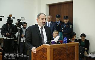Le Premier ministre a été interrogé comme témoin dans le cadre du procès sur  l'affaire de l'incident  entre les membres du groupe parlementaire «Issue» («Elk»)  et Arthur Aivazian lors de la période préélectorale pour les législatives de 2017