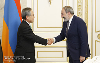 PM Pashinyan holds farewell meeting with outgoing Republic of Korea Ambassador