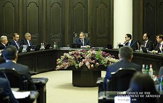 Le Gouvernement a adopté la décision sur l'augmentation des salaires  des militaires