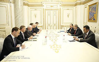PM receives OSCE Minsk Group Co-Chairs