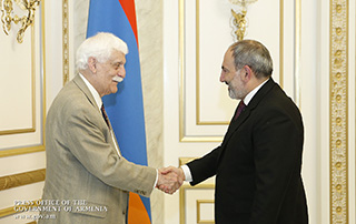 Nikol Pashinyan hosts renowned scientist Raymond Damadian