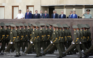 """The authority of each officer should be much greater than that of his epaulettes"" - Nikol Pashinyan meets with graduates of military educational institutions"