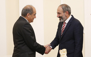 Nikol Pashinyan, Demetris Syllouris discuss furtherance of Armenia-Cyprus relations
