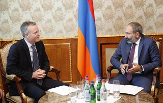 Nikol Pachinyan reçoit le directeur régional de la BAD
