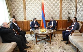 Премьер-министр принял делегацию партии «Рамкавар-Азатакан»