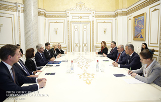 PM receives delegation led by Auvergne-Rhône-Alpes Regional Council President