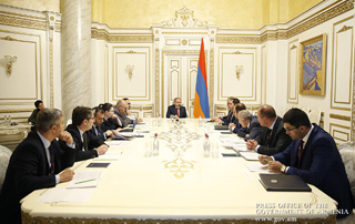 PM holds consultation on Armenia-Georgia Power Transmission Line Construction Project